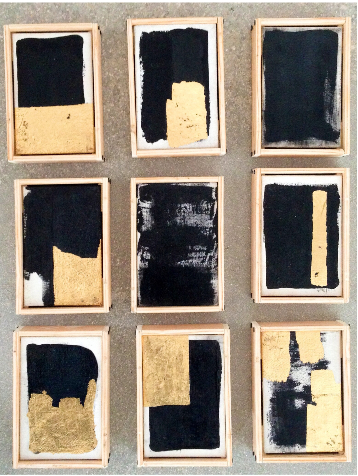 Oro Negro , 2011. Mixed media. Installation