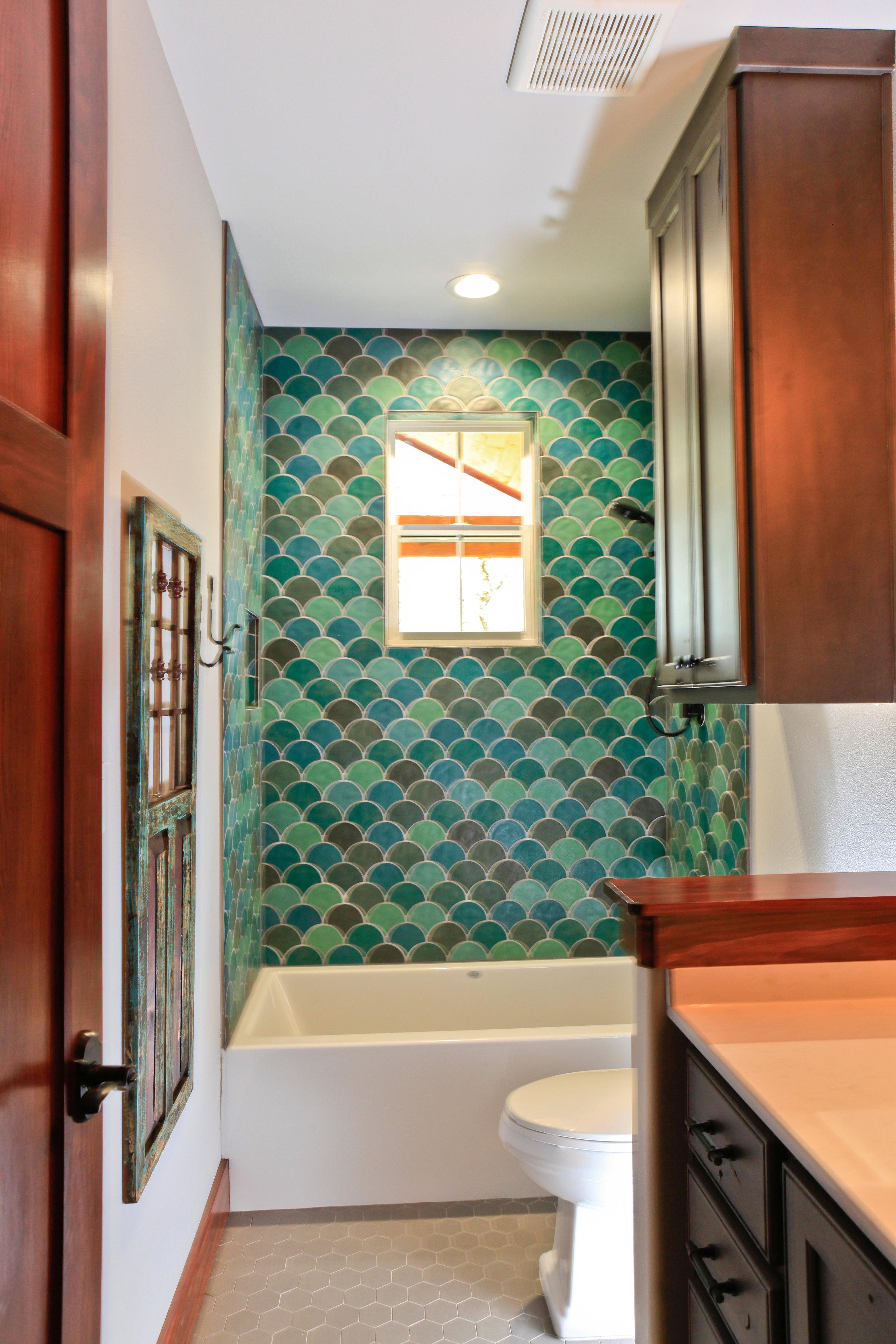 Bathroom 3 (1).jpg