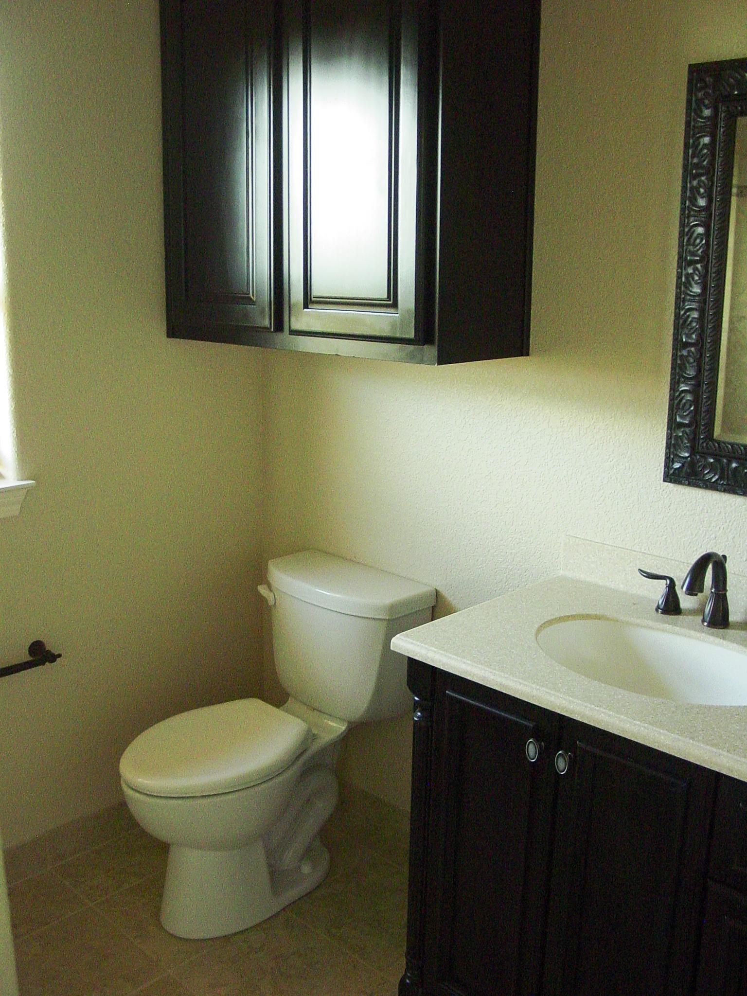 411 HH - Complete, Interior, Bath 2,1.JPG