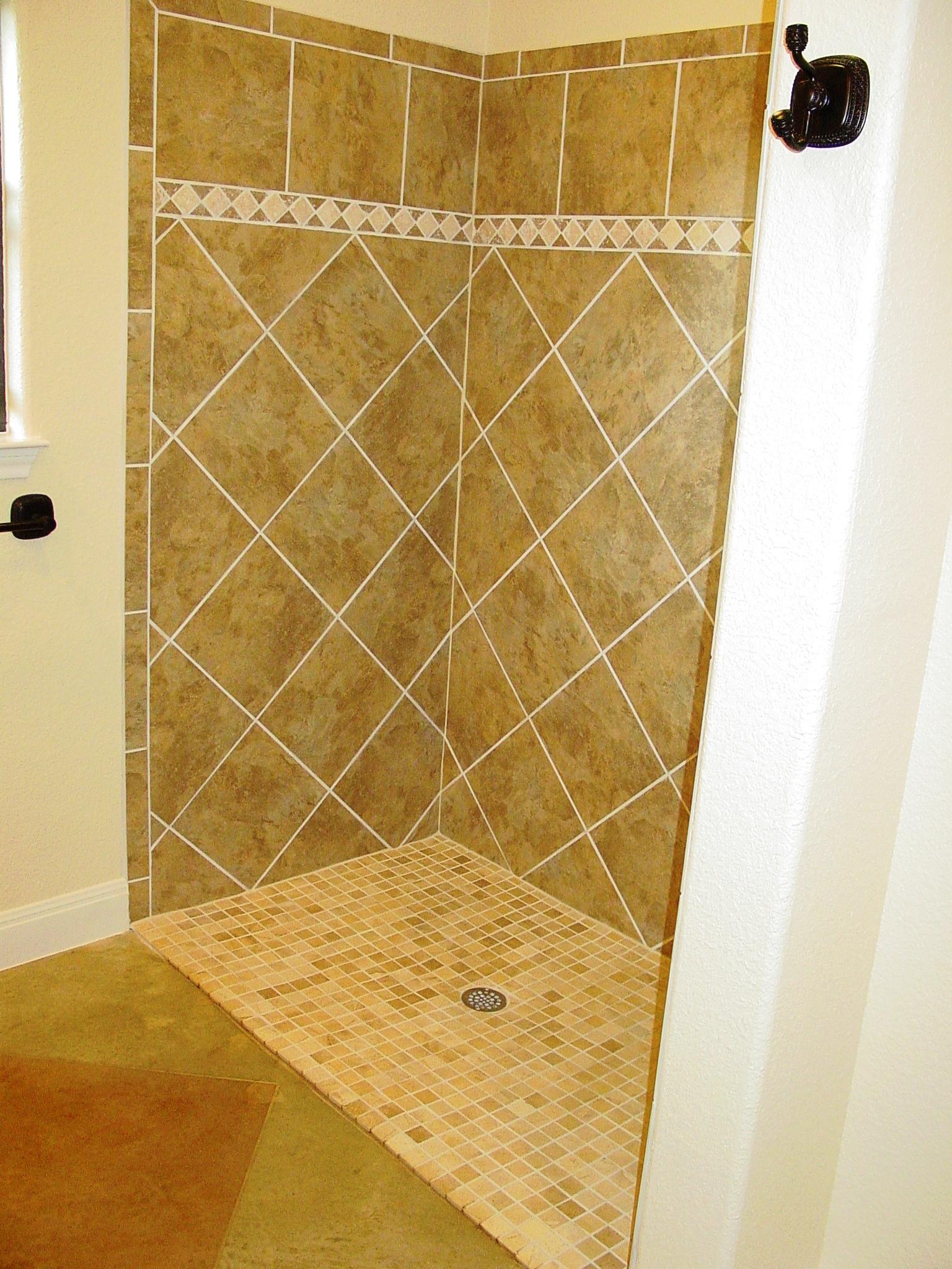 411 HH - Complete, Interior, Bath 1,2.JPG