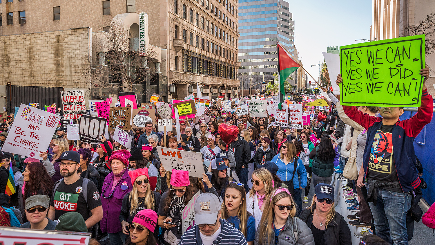 (2017)Only half a block from Pershing Square, roughly an hour into the march,there is no end in sight of the crowd at the front or rear.