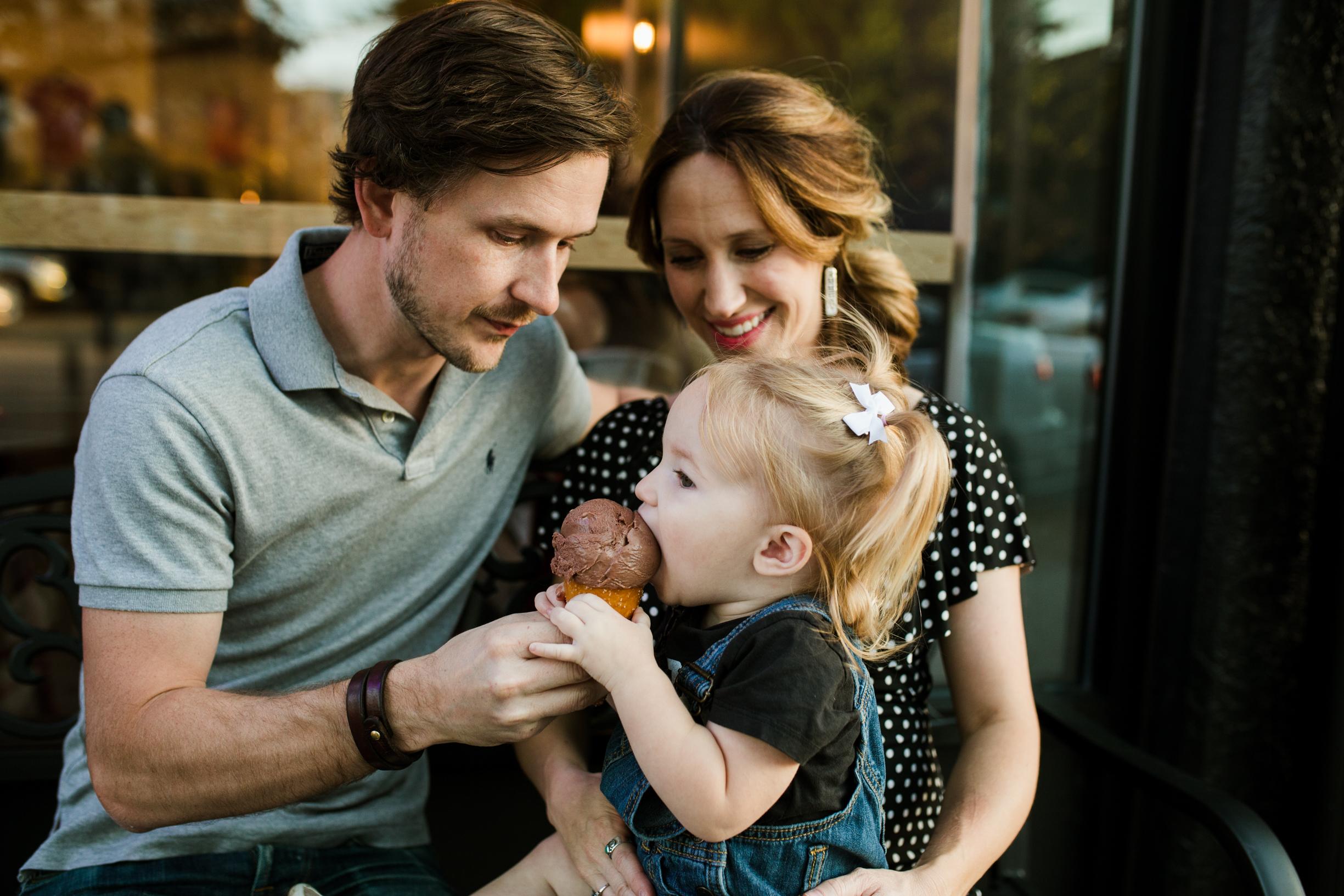 Disney Family 2017 (baby bump) WEBSITE Crystal Ludwick Photo (60 of 68).jpg