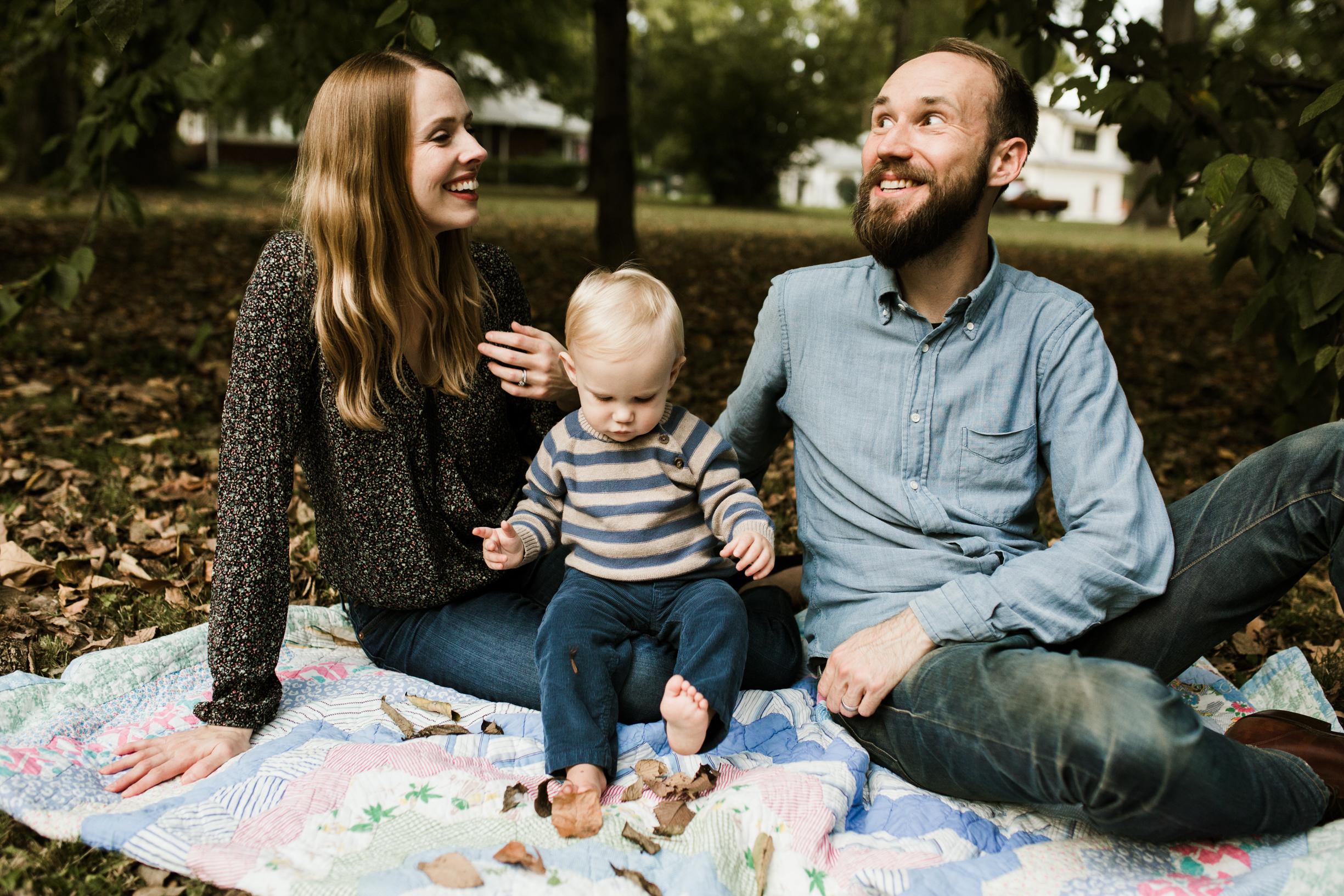 Lucas Family (Sarah, Jesse, Hugo) 2017 WEBSITE Crystal Ludwick Photo (18 of 51).jpg