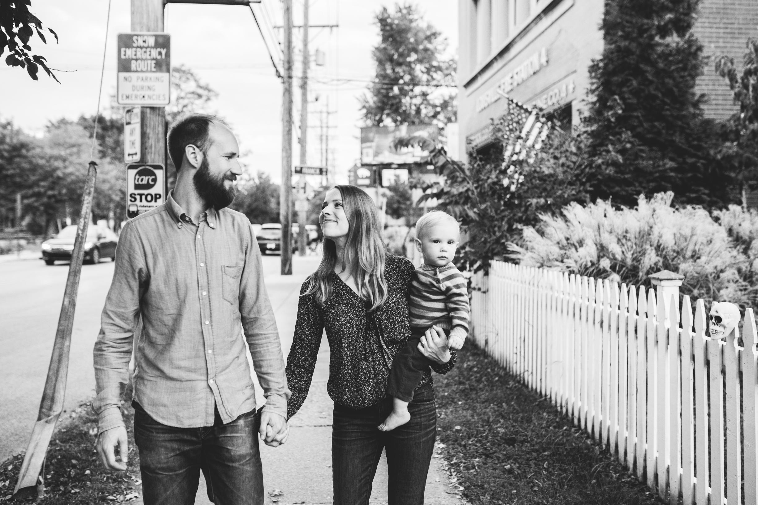 Lucas Family (Sarah, Jesse, Hugo) 2017 WEBSITE Crystal Ludwick Photo (38 of 51).jpg