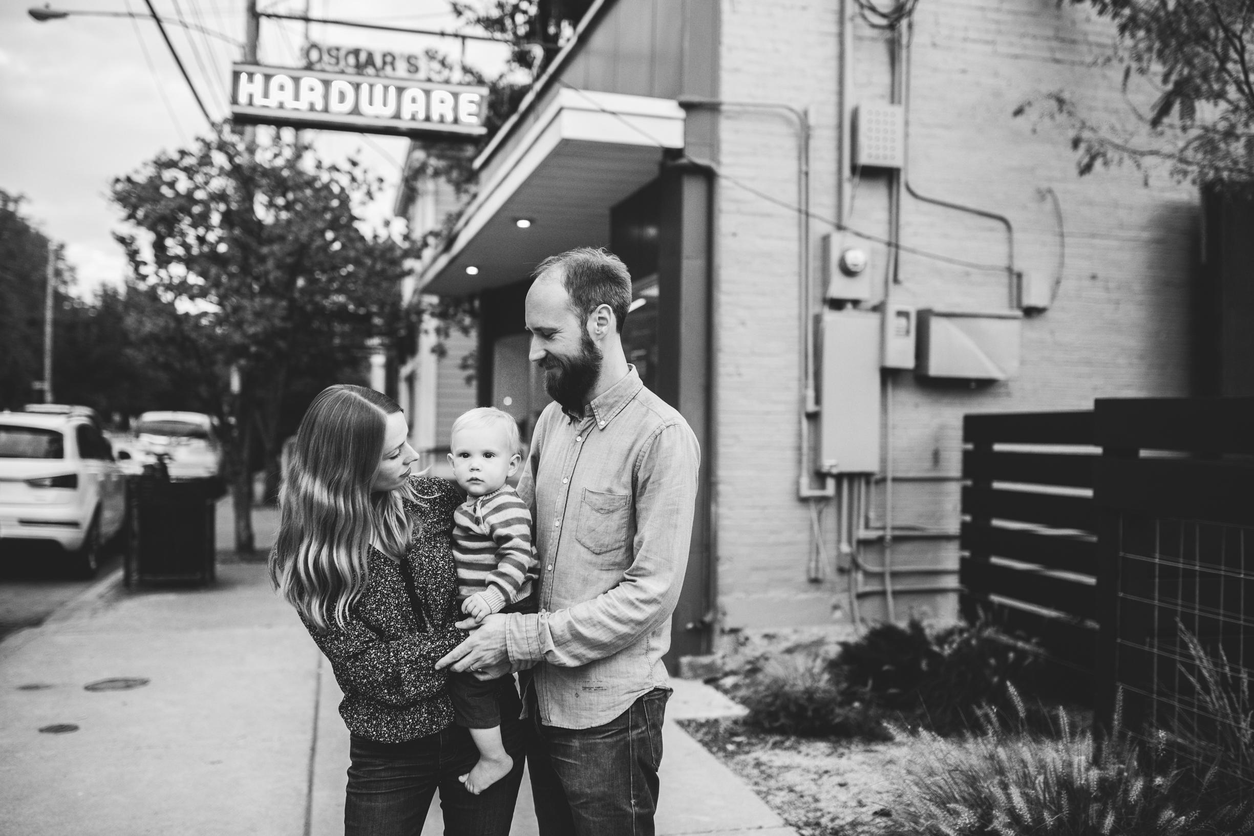 Lucas Family (Sarah, Jesse, Hugo) 2017 WEBSITE Crystal Ludwick Photo (39 of 51).jpg