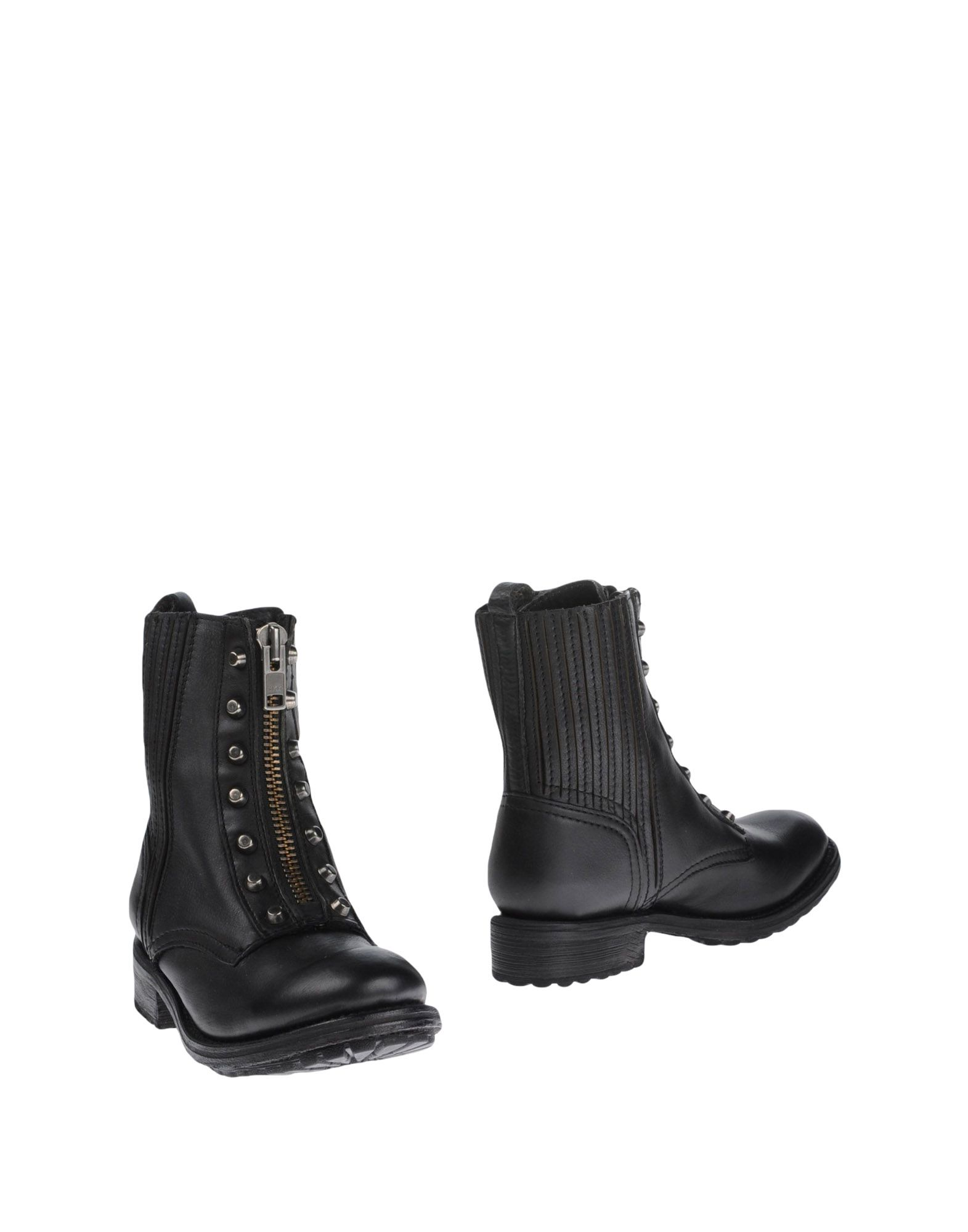 Boots Similar