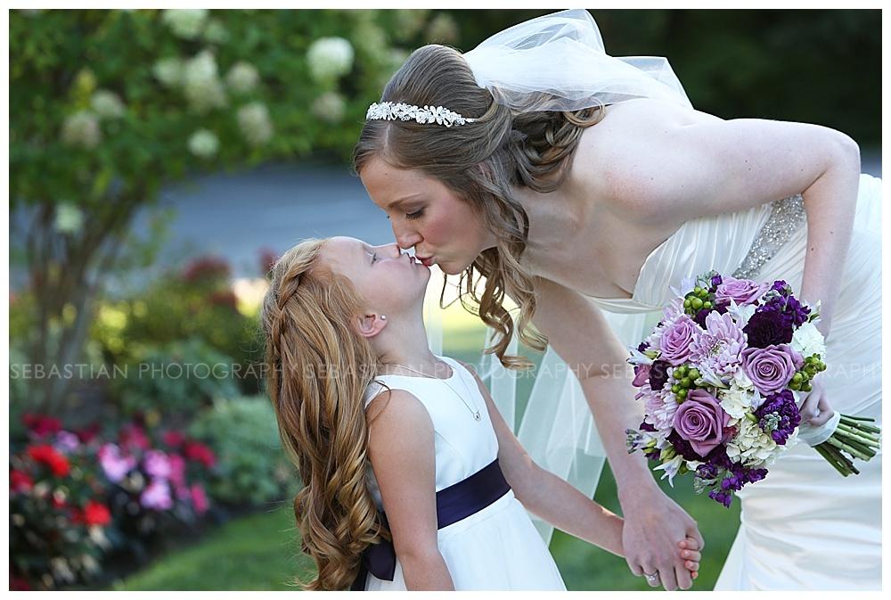Sebastian_Photography_Wedding_LakeofIsles_13.jpg