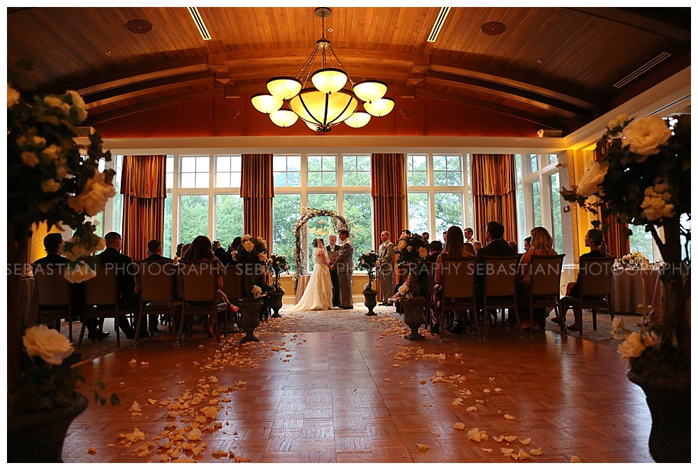 Sebastian_Photography_Wedding_LakeofIsles_CT_Bride08.jpg