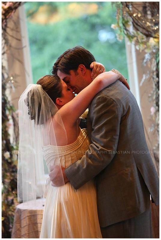 Sebastian_Photography_Wedding_LakeofIsles_CT_Bride12.jpg