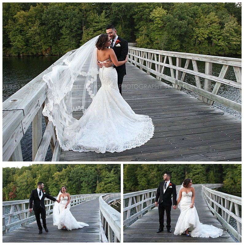 Sebastian_Photography_Wedding_LakeofIsles28.jpg