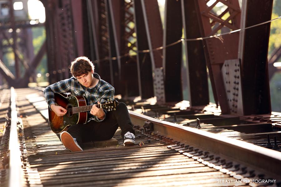 Sebastian_Photography_HighSchool_Senior_Music_Bridge_01.jpg