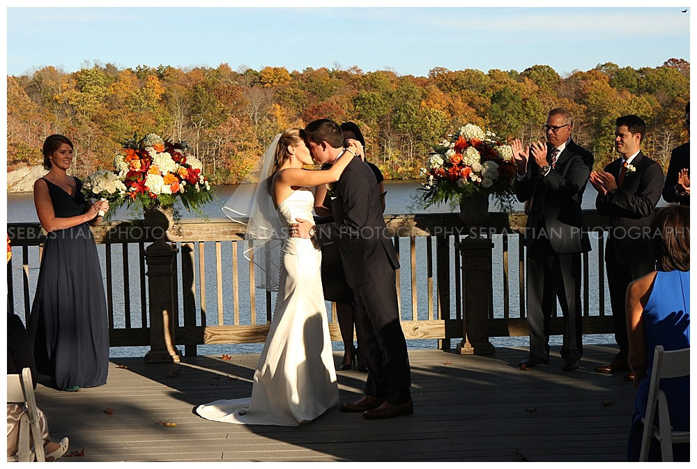 Sebastian_Photography_Wedding_LakeOfIsles_37.jpg