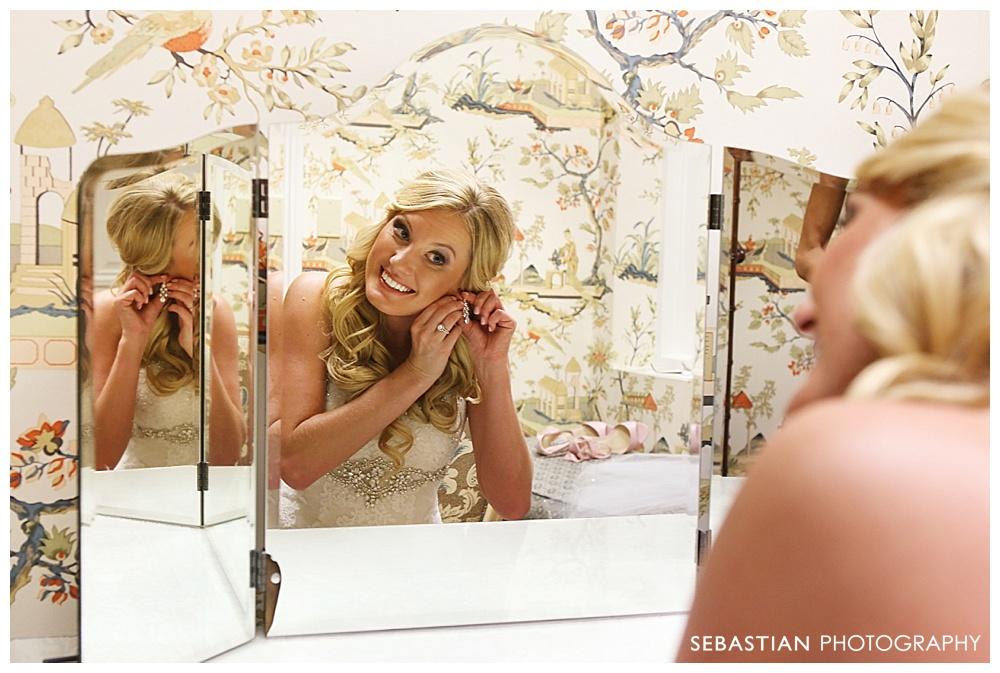 Sebastian_Photography_Studio_Wedding_CT_Wadsworth_Cream_Middletown_08.jpg