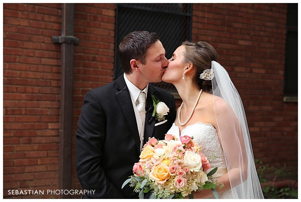 Sebastian_Photography_Studio_Wedding_Kohnle_LakeOfIsles_21.jpg