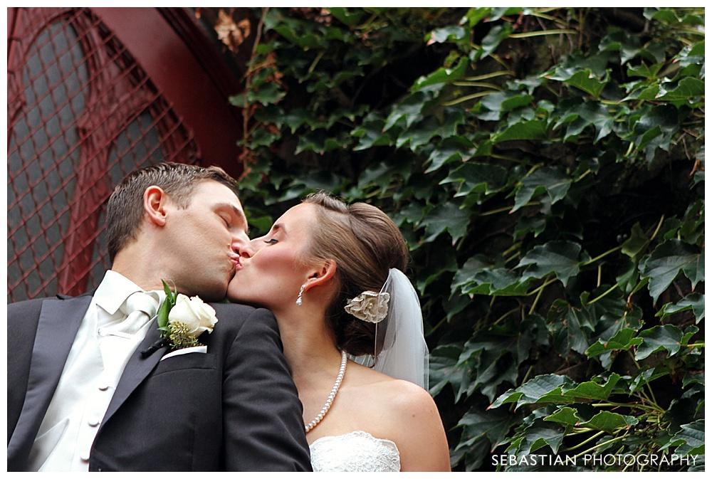 Sebastian_Photography_Studio_Wedding_Kohnle_LakeOfIsles_30.jpg