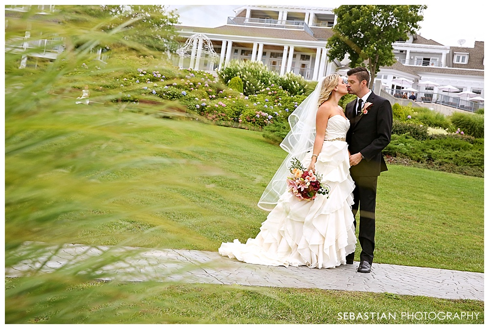 Sebastian_Photography_Studio_Wedding_Bomar_WatersEdge_21.jpg