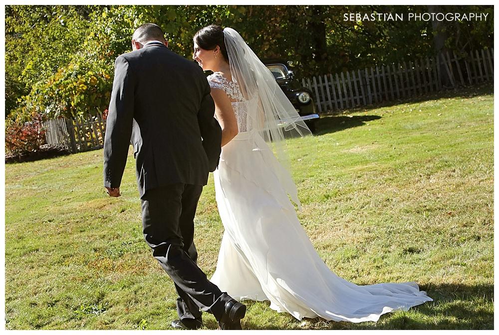 Sebastian_Photography_Studio_Wedding_Connecticut_Bride_Groom_Backyard_Fall_Autumn_NewEngland_023.jpg