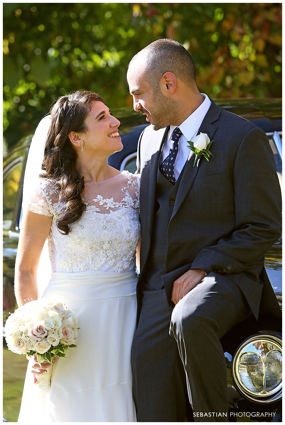 Sebastian_Photography_Studio_Wedding_Connecticut_Bride_Groom_Backyard_Fall_Autumn_NewEngland_035.jpg