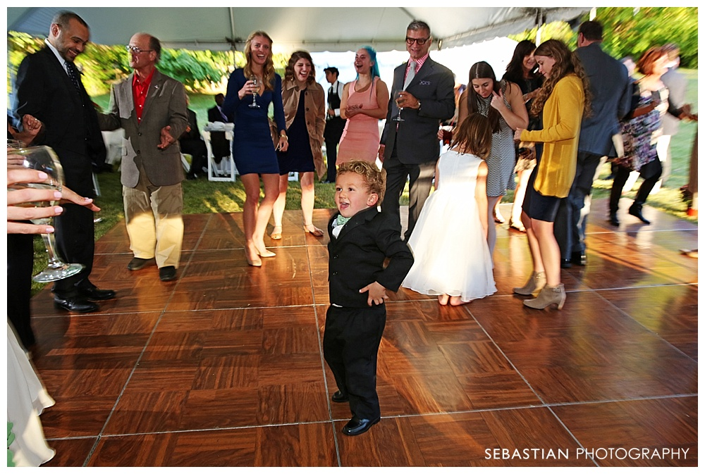 Sebastian_Photography_Studio_Wedding_Connecticut_Bride_Groom_Backyard_Fall_Autumn_NewEngland_046.jpg