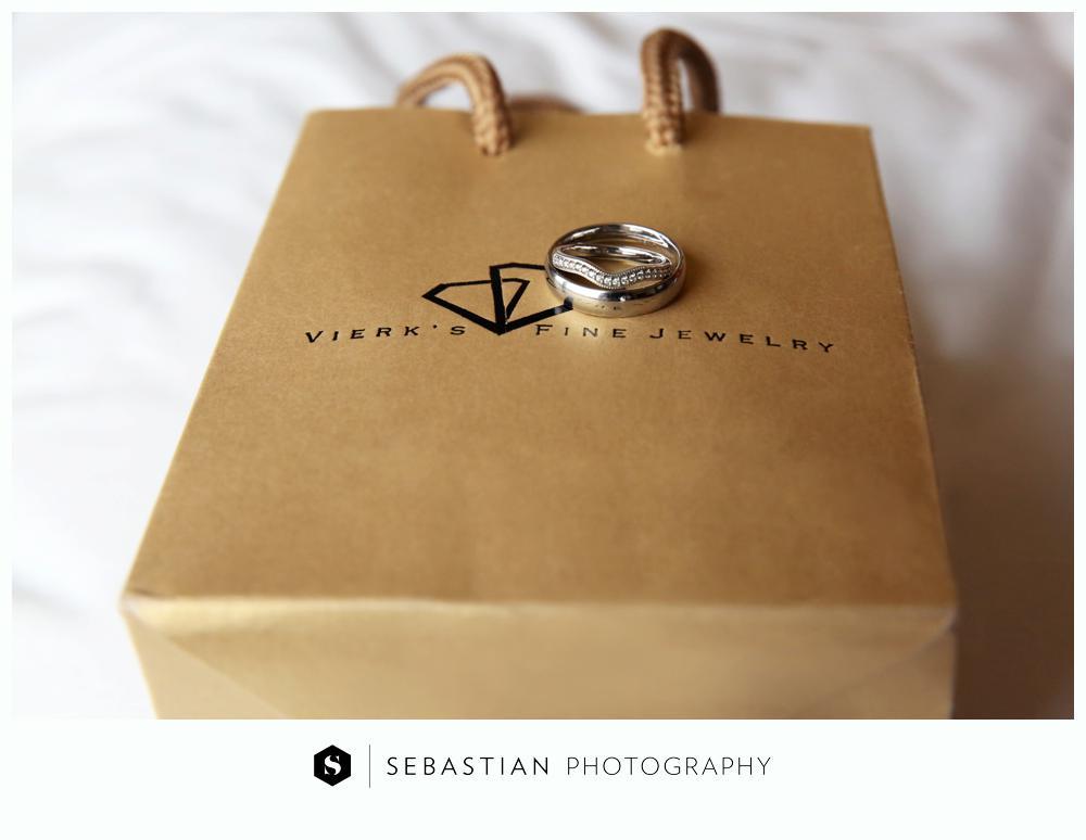 Sebastian Photography_CT Wedding Photographer_Lake of Isle Wedding_10207015.jpg