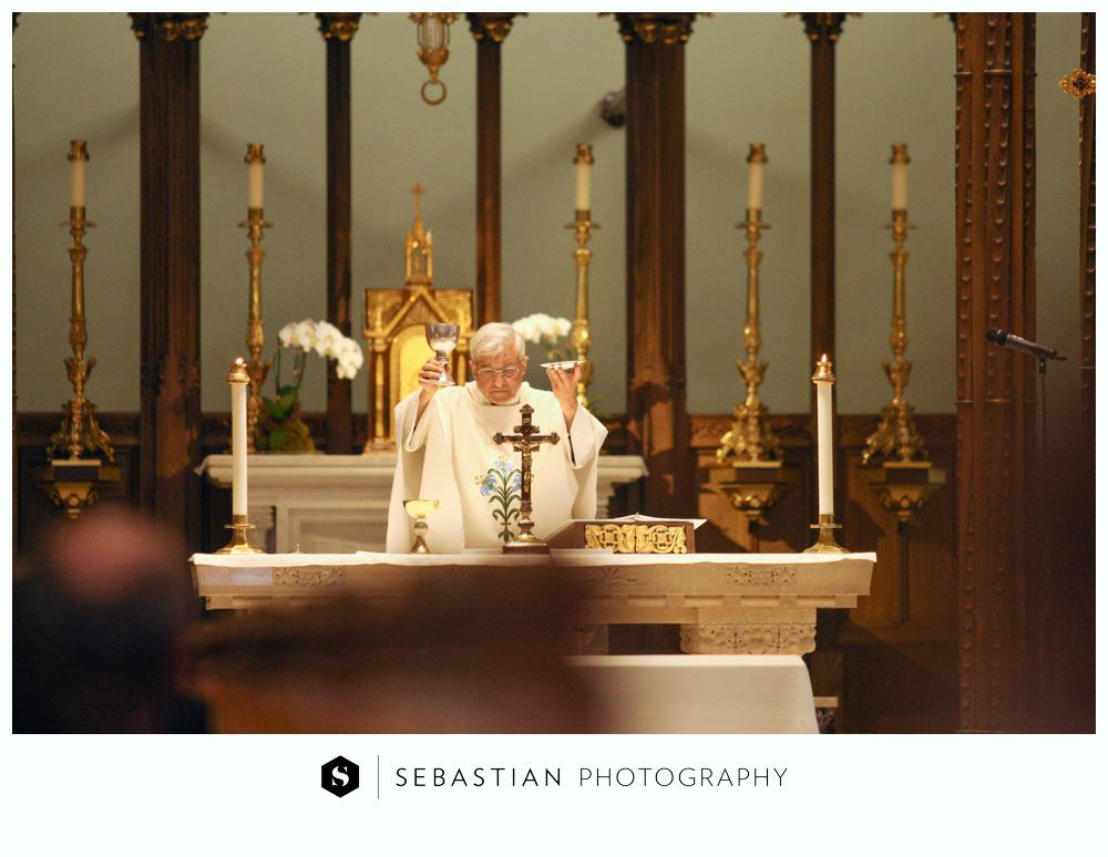 Sebastian Photography_CT Wedding Photographer_Lake of Isle Wedding_10207040.jpg
