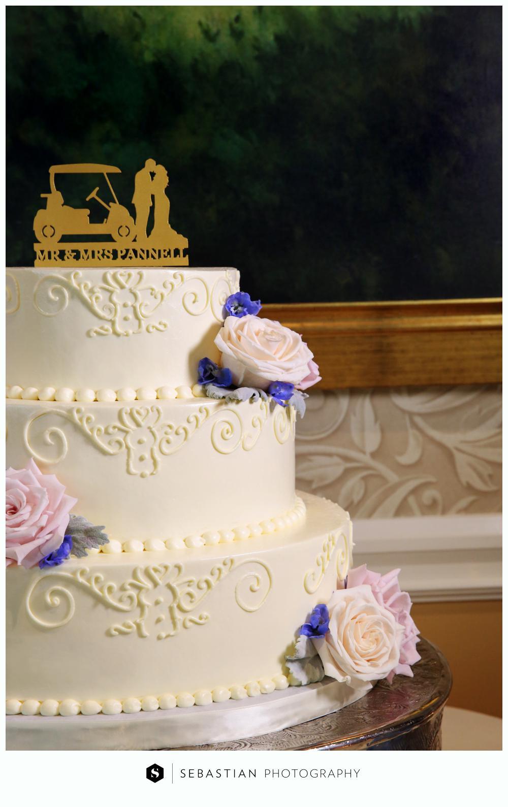 Sebastian Photography_CT Wedding Photographer_Lake of Isle Wedding_10207068.jpg