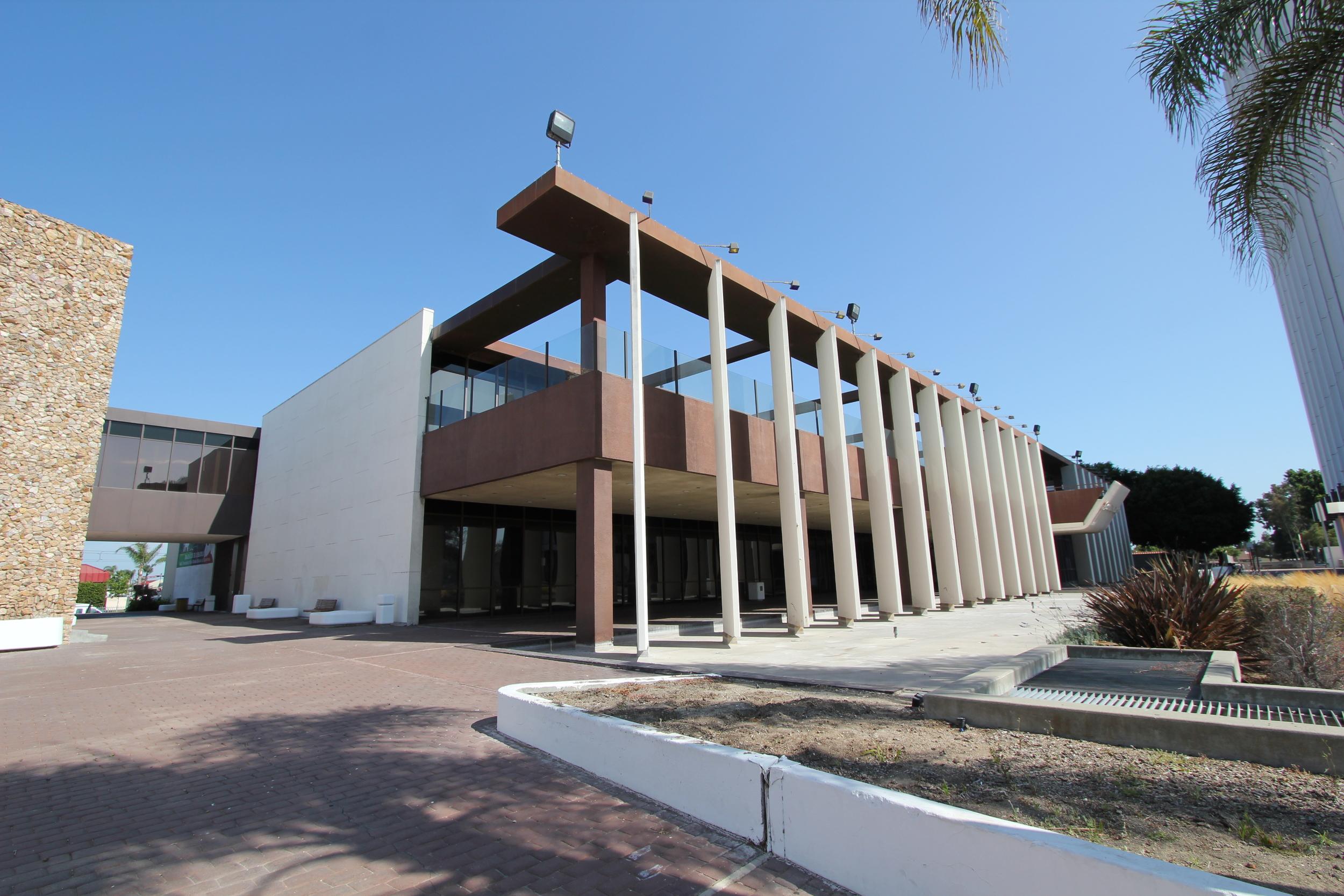 Compton City Hall (Chattel, 2012)