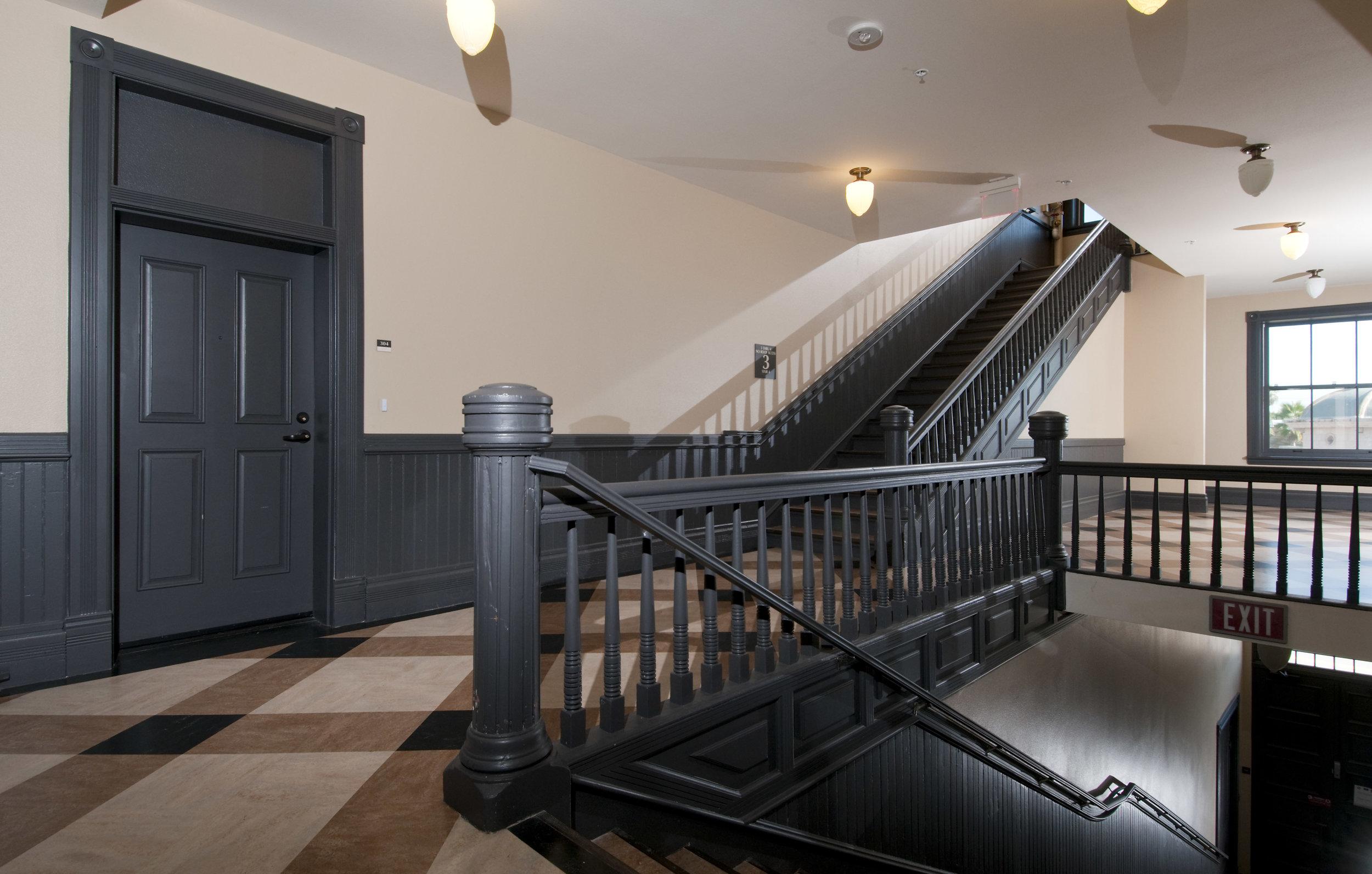 Boyle Hotel_190.jpg