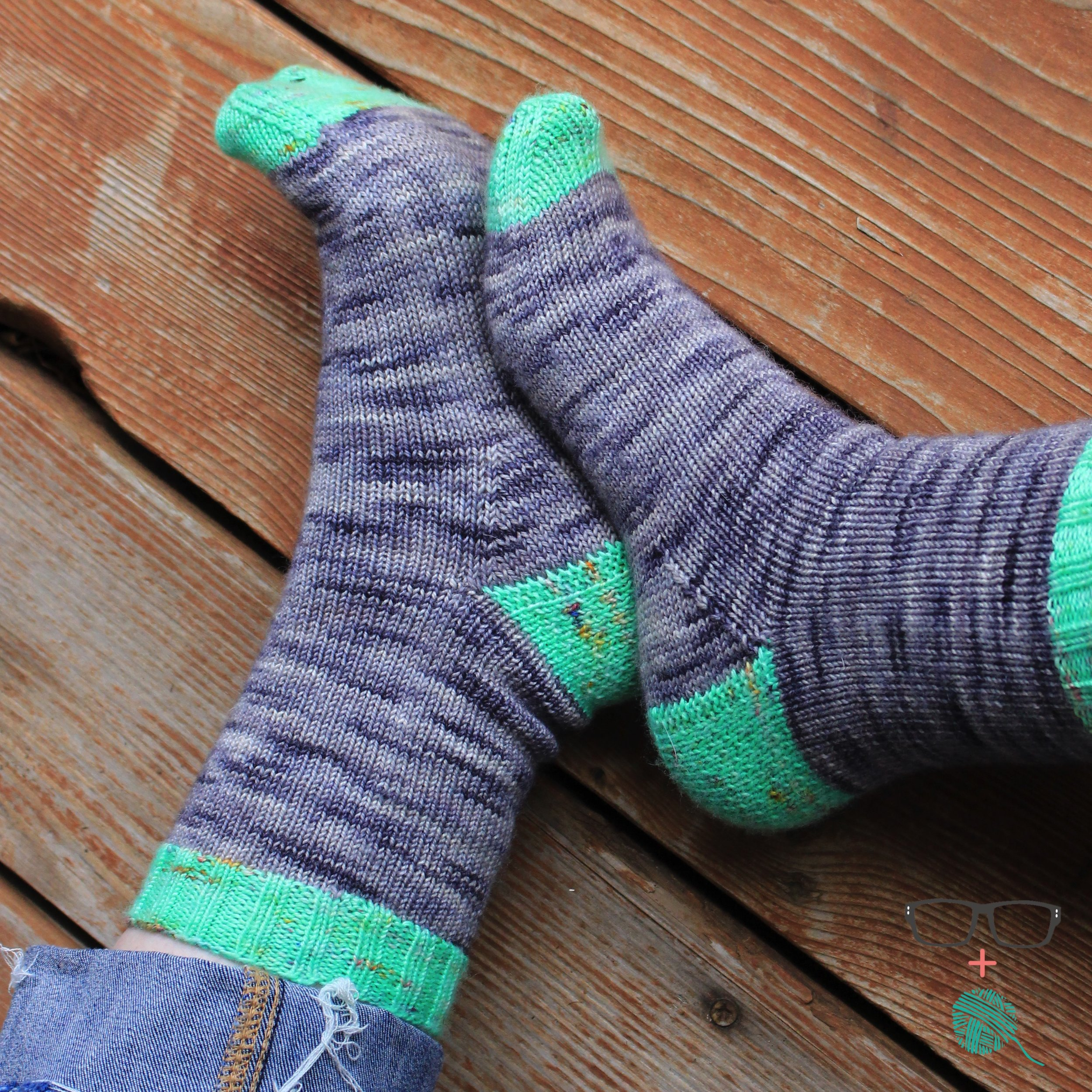 Extranilla Socks - Free Cuff-Down Sock Knitting Pattern