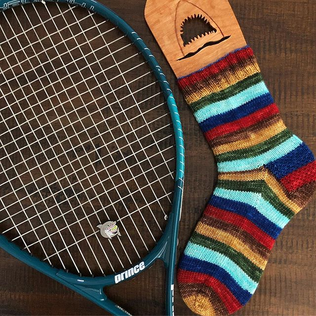 Game. 🎾 Set. 🎾 Sock! 🧦  After taking tennis lessons for the first time in over 25 years this summer it's safe to say I'm fully obsessed with the game. Finished up this first sock just in time to watch a Williams/Sharapova match!