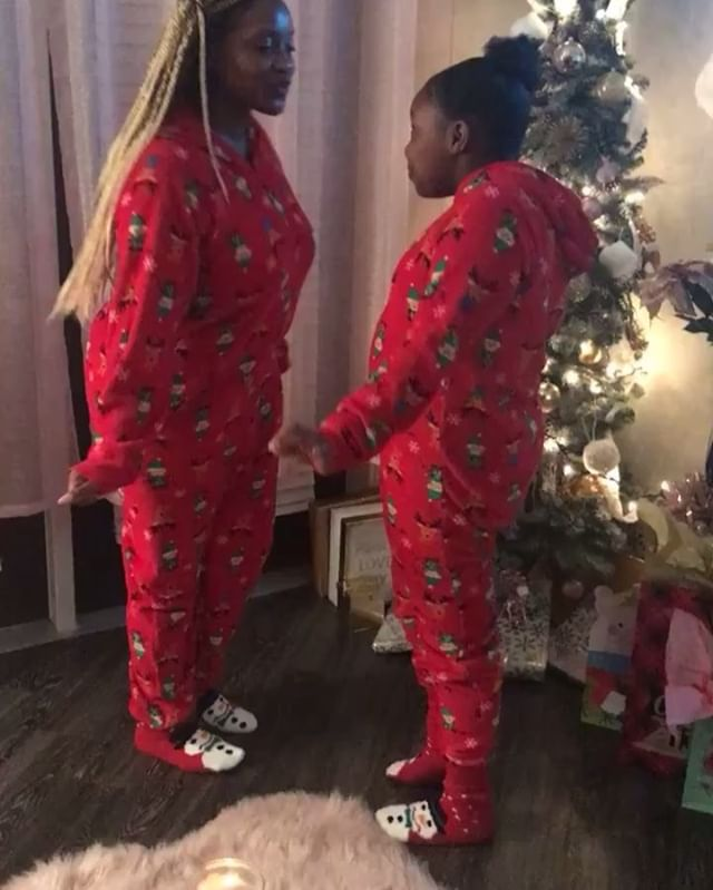 The best memories I make are the ones with you!! #myheart ❤️ . . . #rateddher #rateddwomen #dopegirl #dopewoman #girlpower #blackgirlmajic #mommydaughter #blackgirlsblog #lifestyleblogger #youtuber #fashionblogger #christmasparty #christmas2018