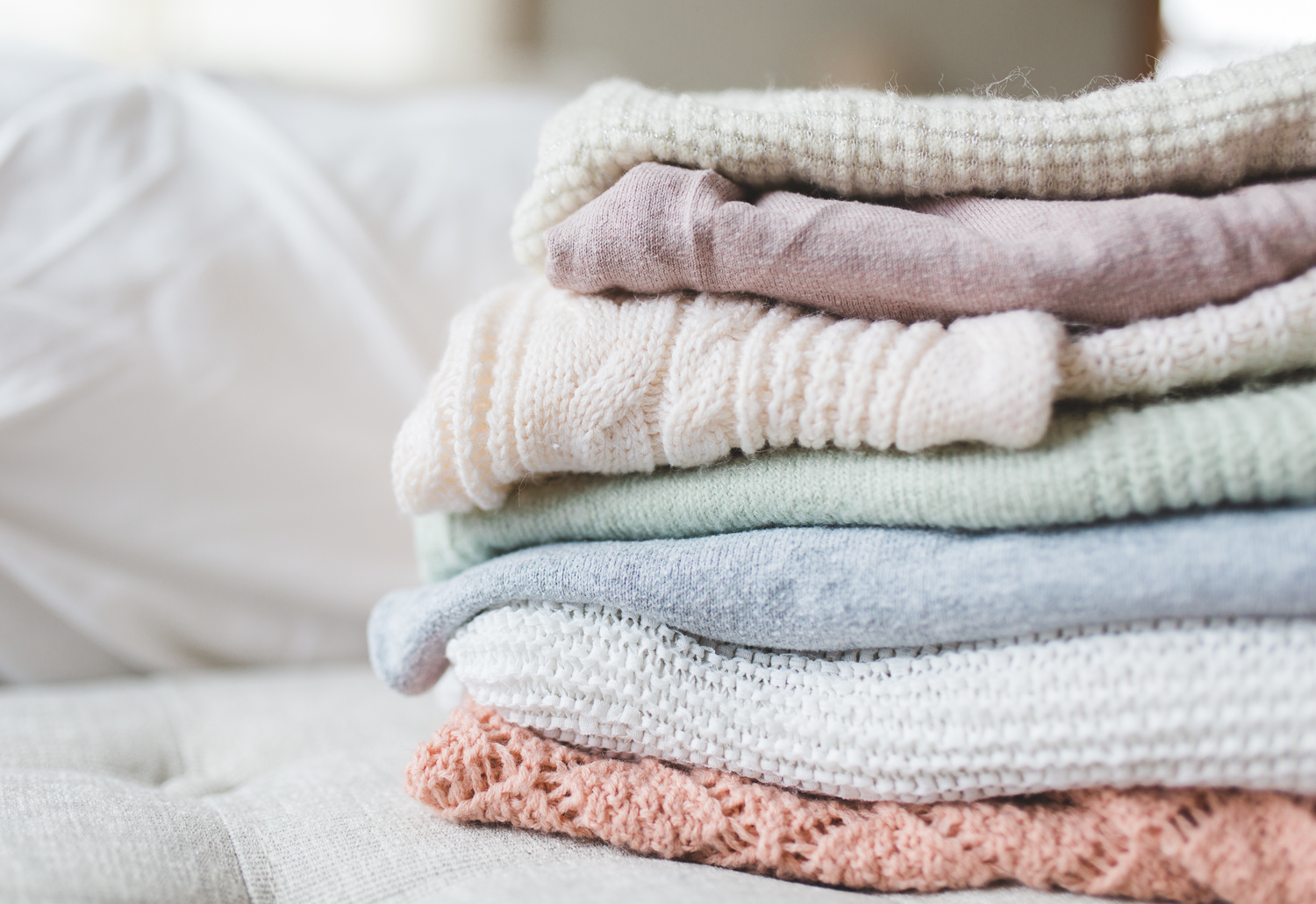 11/366 | Love: pastel, cozy sweaters. Hate: putting laundry away.