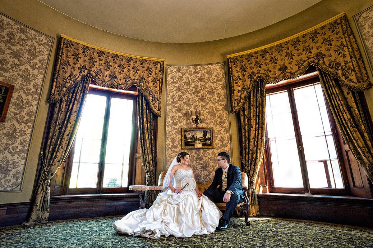 cummins house wedding bride and groom