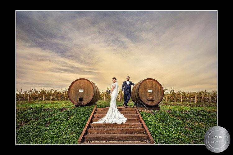 howard vineyard wedding award