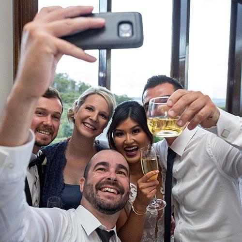 bridal wedding selfie photography