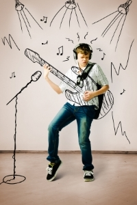 Boy+With+Drawn+Guitar.jpg