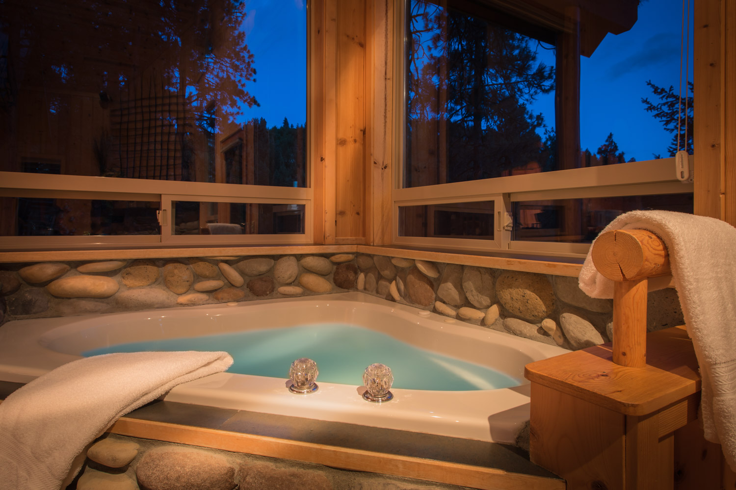 Two Person River Rock Jacuzzi