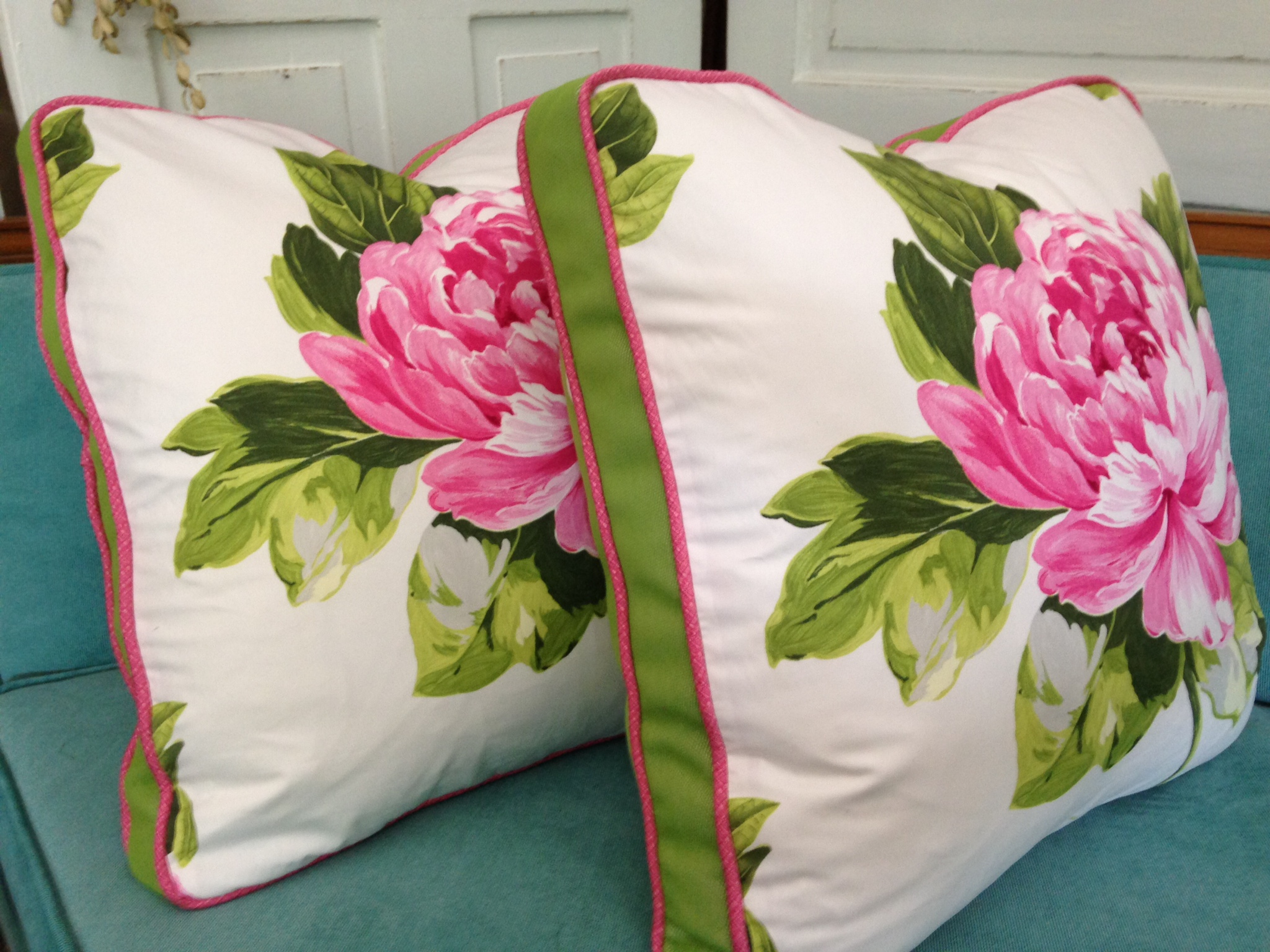 Gorgeous boxed pillows, wide green and white stripe on the back