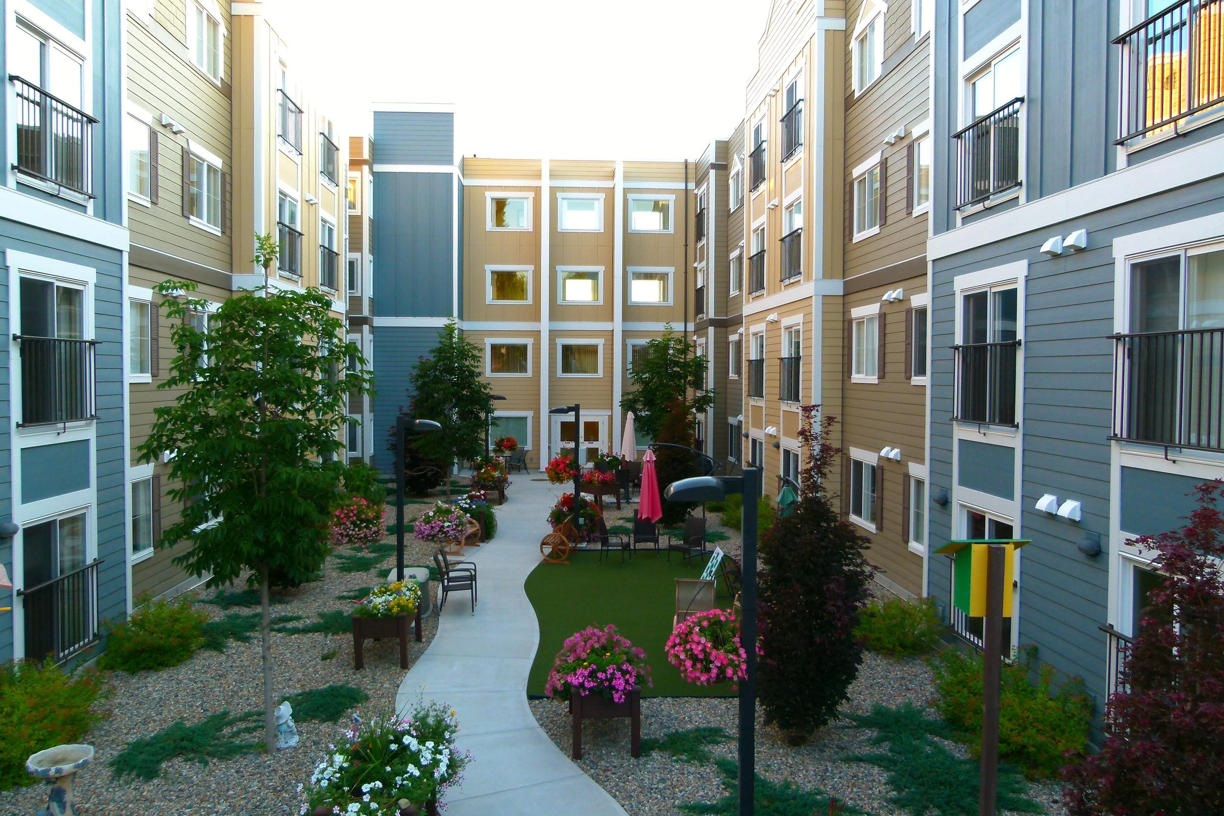 Courtyard 1_big view.JPG