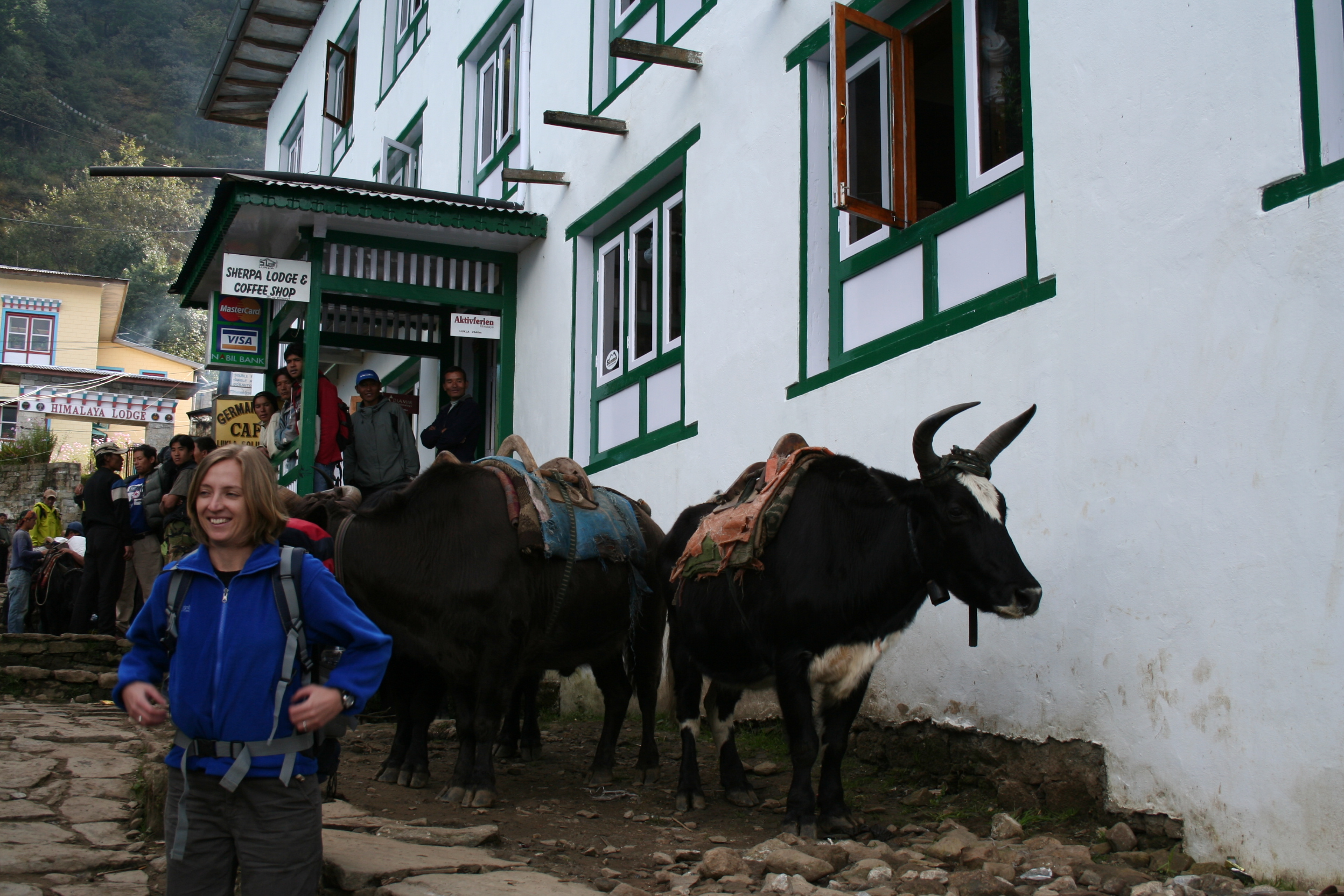 Elissa spent six months volunteering in Nepal (and fitted in some awesome treks along the way)