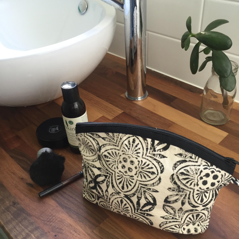wash bag 2(1).JPG
