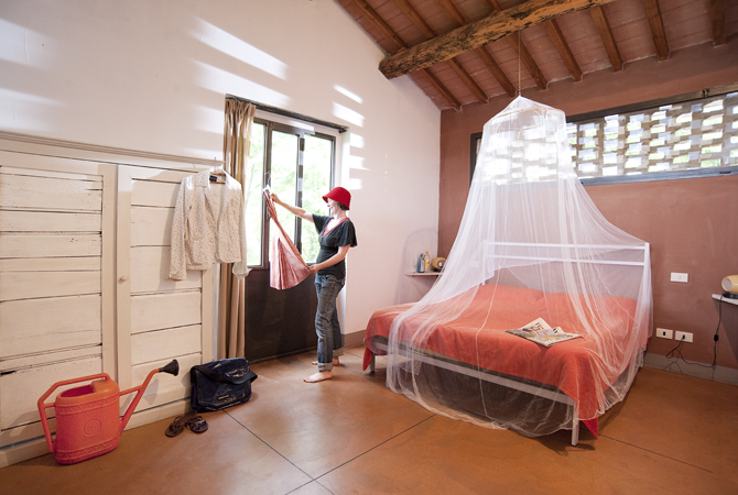 pretty bedroom.jpg