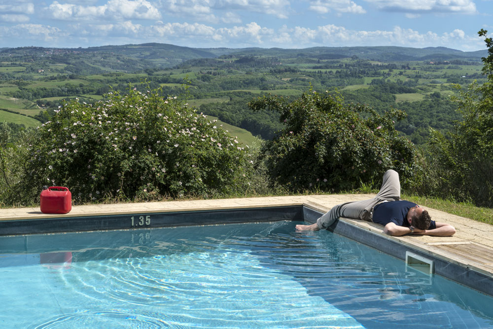 Doderi-swimming-pool