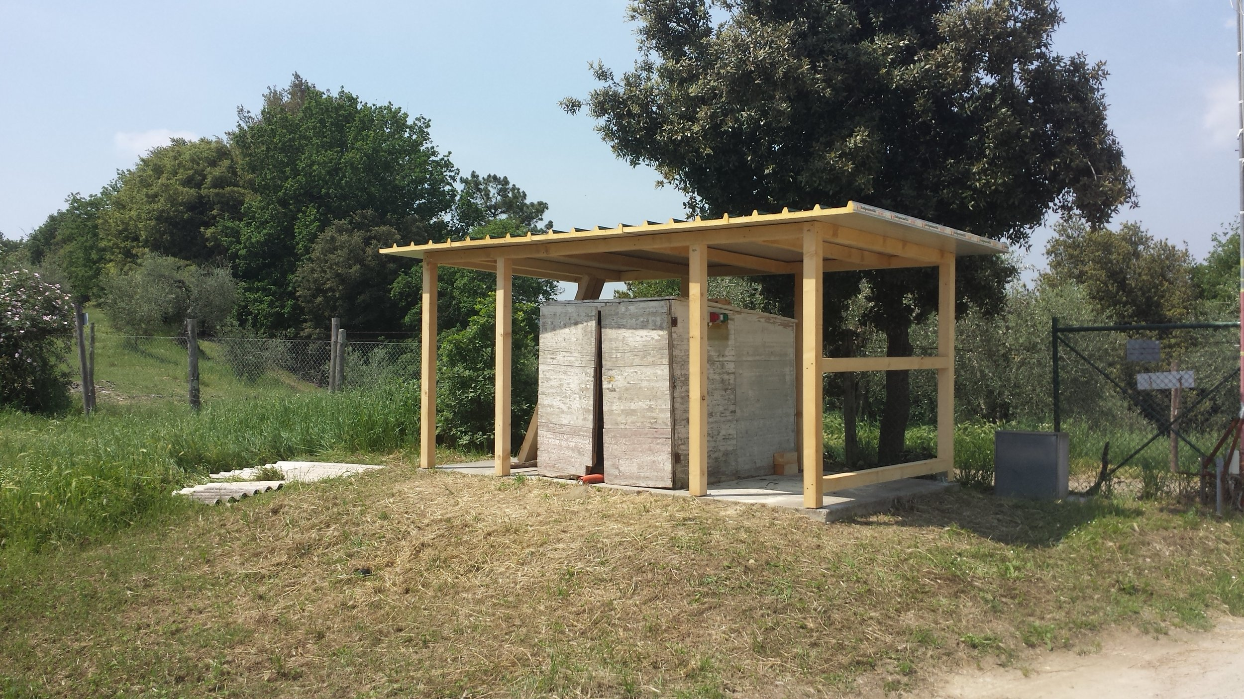 """The small shack that hosted the water pumps at """"Il Poggio"""" was in much need for a replacement...and it's coming up!This picture shows the work in progress..."""