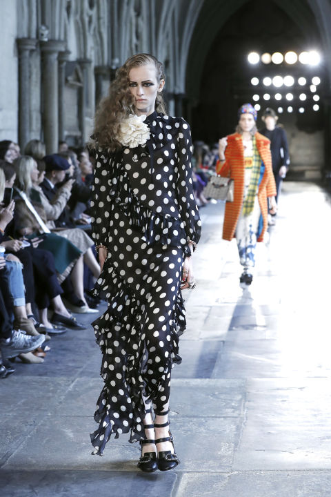 hbz-resort-trends-2016-on-the-dots-gucci-getty.jpg