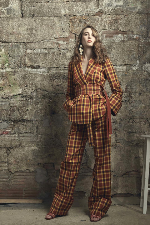 hbz-resort-trends-2016-had-to-be-plaid-rosie-assoulin.jpg