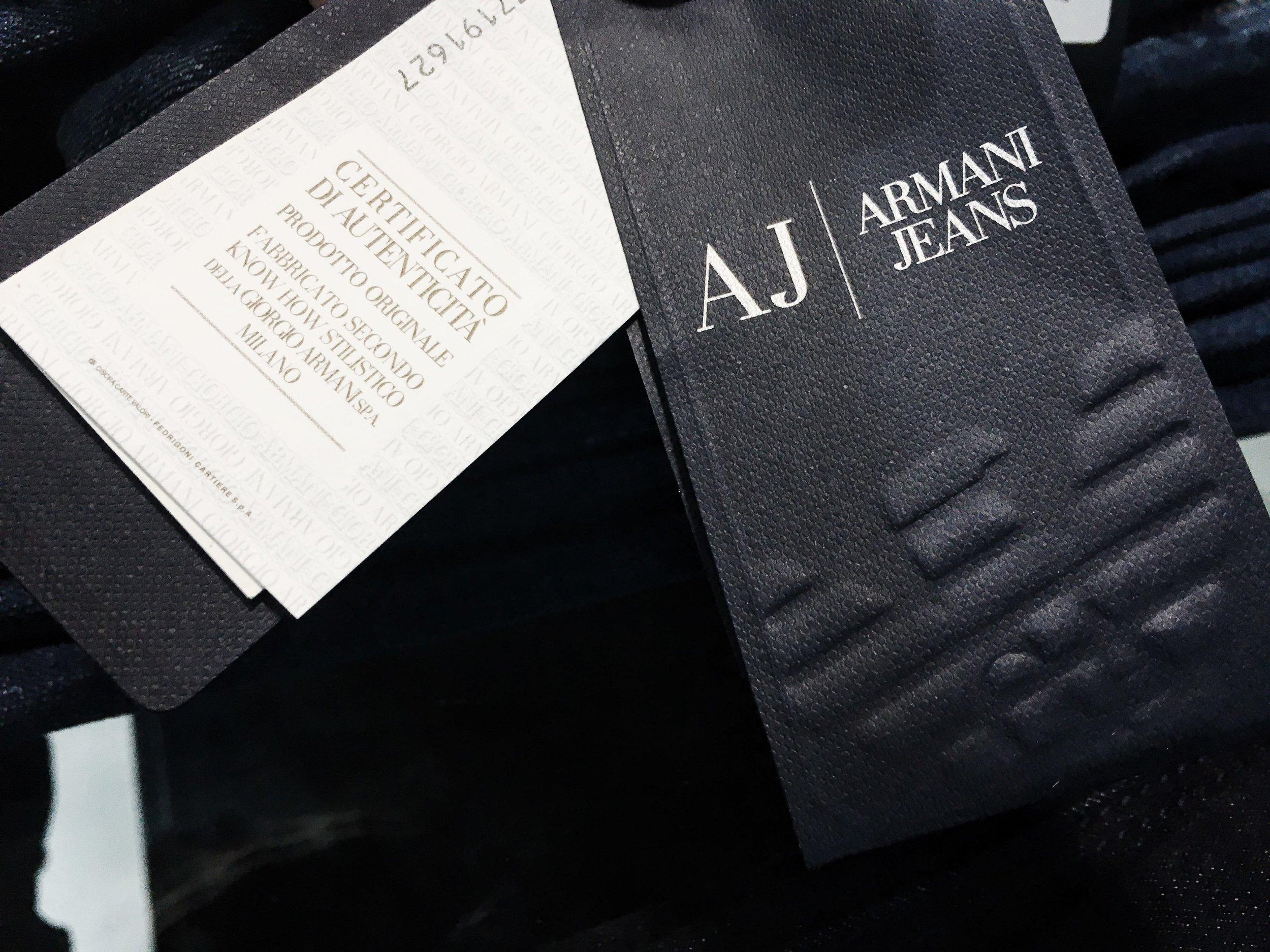 Сертификат подлинности Armani Jeans