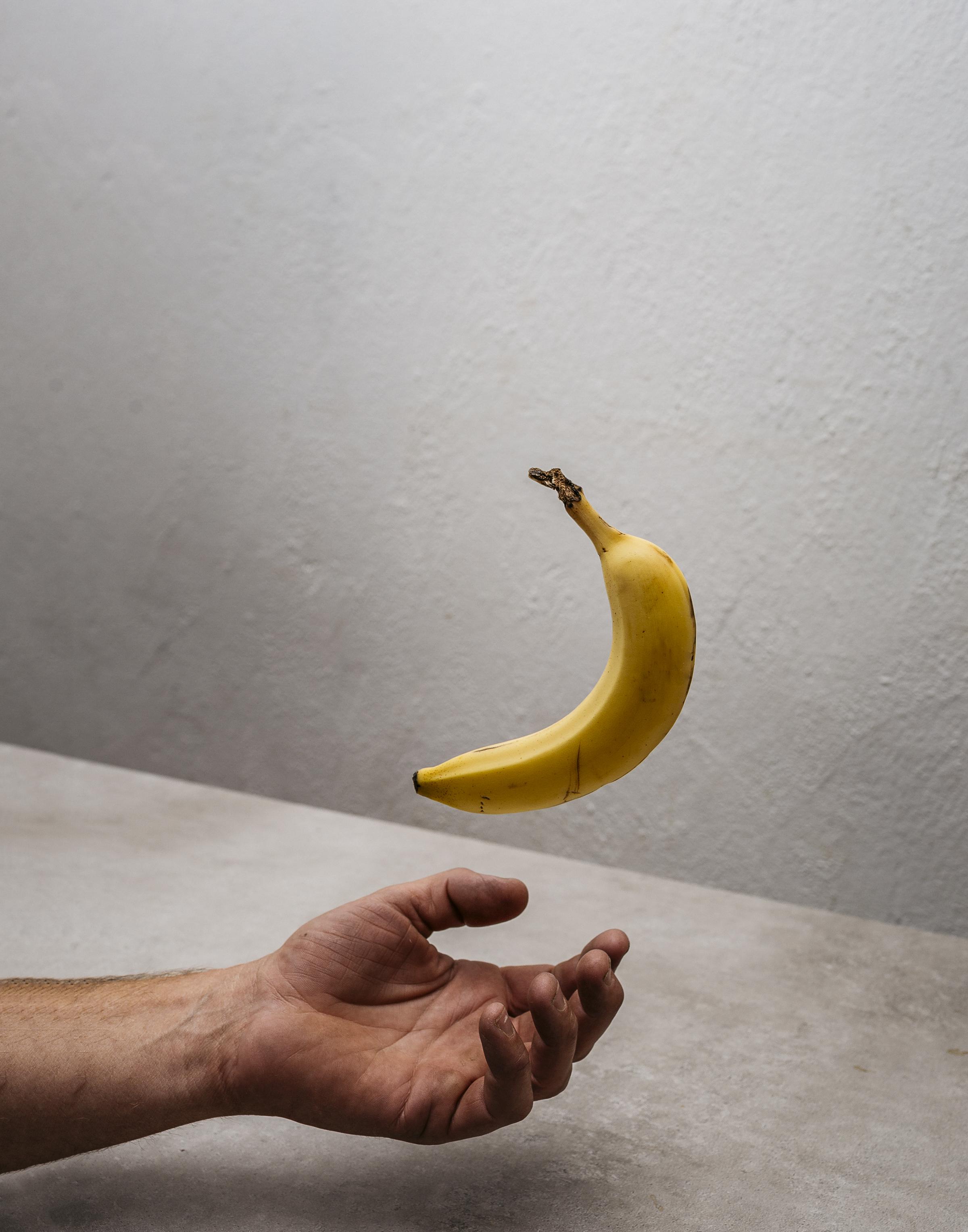 banana_hands_WEBSITE (1 of 1).jpg