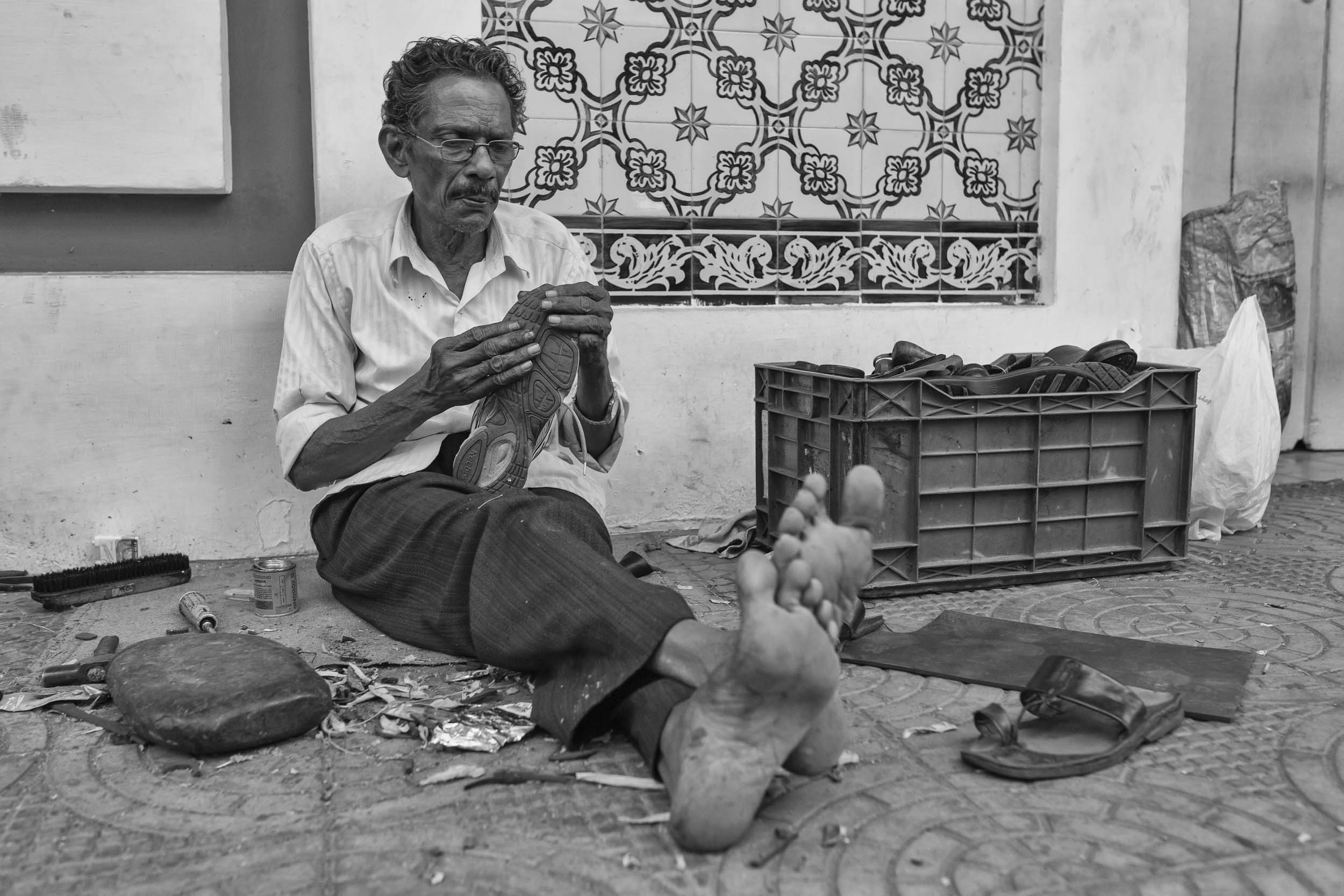 Repairmen of Goa reportage photography in India