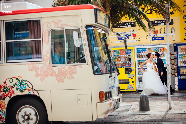 05-okinawa-kokusai-dori-pre-wedding-melody-amigo-joe-fotography.jpg